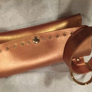 Rose gold cell phone wristlet